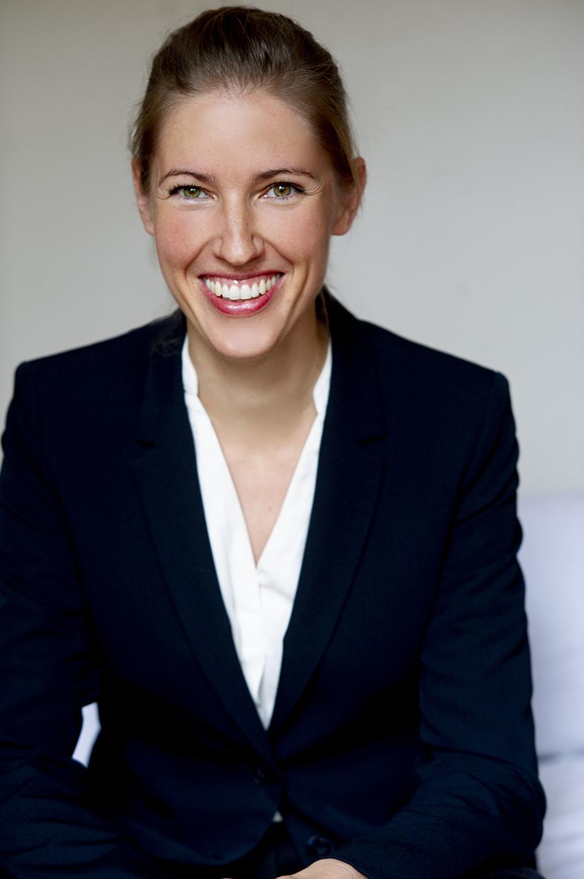 Prof. Dr. Jana Holtmann