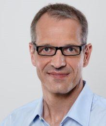 Dr. Martin Schmucker